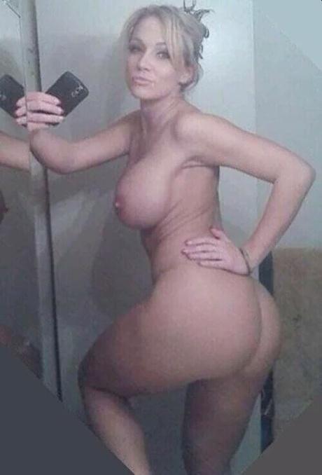 anusi-kak-shelki-foto-muzhik-trahaet-travesti