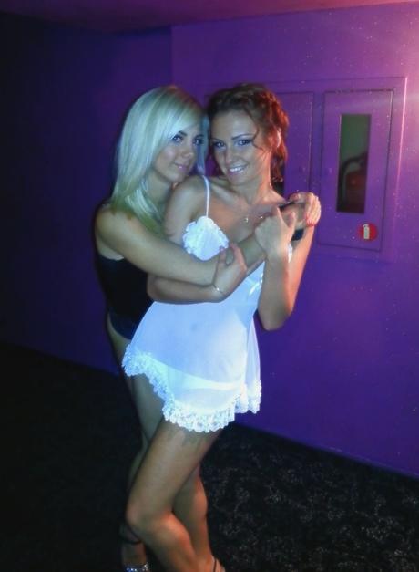 Две кашелки снимаются в клубе любительское фото