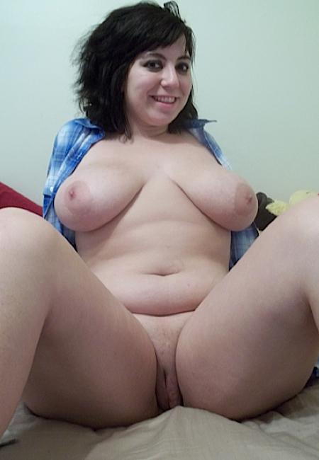 Порно фото пышка с большими сиськами и мокрой киской