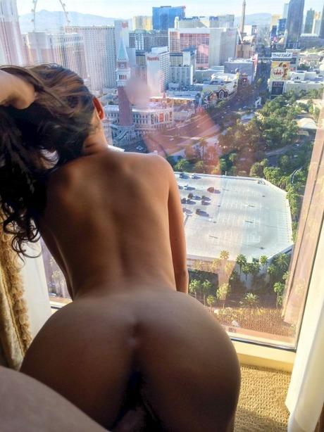 Секс через окна