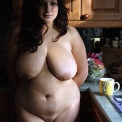 Порно фото зрелая пышногрудая дама