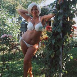 Фото сэлфи горячая мамка milf домашнее соц сети зрелка секси 8