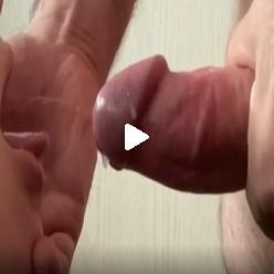 Порно видео выстрелы спермы в пасть молодой шлюхе