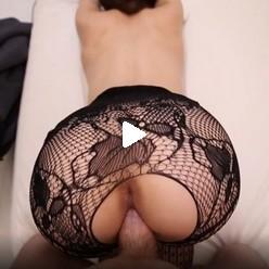 Девушки в красивом ажурном белье приняла в себя член видео