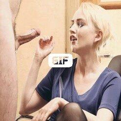 Член кончает на мордашку блондиночке без помощи рук гифка